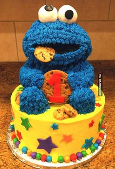 amazing cookie cake moster 32 Funny and scary monster themed cake designs