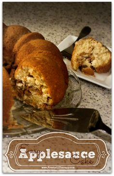 Easy Applesauce Cake Recipe - I used olive oil instead of butter, all brown sugar, greased and dusted bundt tin with cinnamon sugar Just Desserts, Delicious Desserts, Dessert Recipes, Yummy Food, Applesauce Cake Recipe, Applesauce Recipes, Low Calorie Snacks, Brownie Cake, Fall Baking
