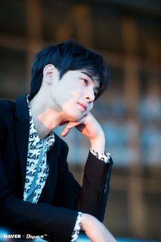 whatcha thinking about mah prince HAHAHAHA