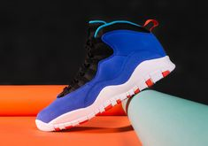 Tinker Hatfield's Air Jordan 10 and the Air Huarache Light come together for this 1995 blend. For full release details, tap the link in our bio. Jordan 10, Tinker Hatfield, Buy Sneakers, Sneaker Games, Mens Winter Boots, Shoe Gallery, Air Huarache, Huaraches, Behind The Scenes