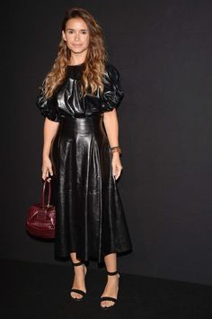 Miroslava Duma attends Paris Fashion Week Haute Couture F/W in gorgeous flowing black leather maxi dress Leather Pants Outfit, Leather Midi Skirt, Leather Dresses, Sexy Outfits, Pretty Outfits, Fall Outfits, Fashion Outfits, Womens Fashion, Haute Couture Gowns