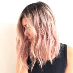 Haare pastell , inspirierende modelle zu testen Thinning hair in women is a dull ailment, Medium Short Hair, Medium Hair Styles, Curly Hair Styles, Medium Long, Lob Hairstyle, Cool Hairstyles, Scene Hairstyles, Spring Hairstyles, Hairstyle Ideas