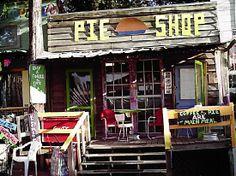 Google 이미지 검색결과: http://1.bp.blogspot.com/-K_9AAVKnCIU/T07XywCzeaI/AAAAAAAABQM/gfbqT1_DKz8/s1600/pie-shop-on-the-mountain.jpg