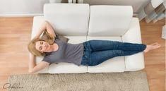 Vynulování a generální úklid života | Adaline.cz Floor Chair, Relax, Organization, Flooring, Furniture, Happy, Home Decor, Psychology Programs, Getting Organized