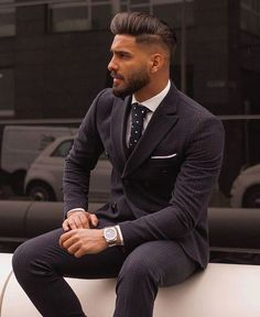 Classy fit Where will you wear this outfit Comment below Handsome Men Quotes, Handsome Arab Men, Mens Fashion Suits, Mens Suits, Men's Fashion, Fashion Trends, Black Tie Suit, Traje A Rigor, Workout Gear For Men