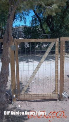 Glorious Large Fencing Gate Ideas - 3 Unique ideas: Fence And Gates Farmhous. Glorious Large Fencing Gate Ideas – 3 Unique ideas: Fence And Gates Farmhous… Concrete Fence, Metal Fence, Wire Fence, Aluminum Fence, Bamboo Fence, Fence Landscaping, Backyard Fences, Yard Fencing, Fence Art