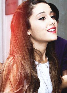 Are You A TRUE Ariana Grande Fan?!