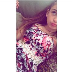 She's so pretty Matilda Devries, Bars And Melody, Family Goals, Celeb Style, Tilt, Love Her, Leo, Floral Tops, Unicorn