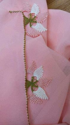 This Pin was discovered by Fat Yarn Crafts, Diy And Crafts, Saree Kuchu New Designs, Needle Lace, Lace Making, Crochet, Hand Embroidery, Tatting, Knots