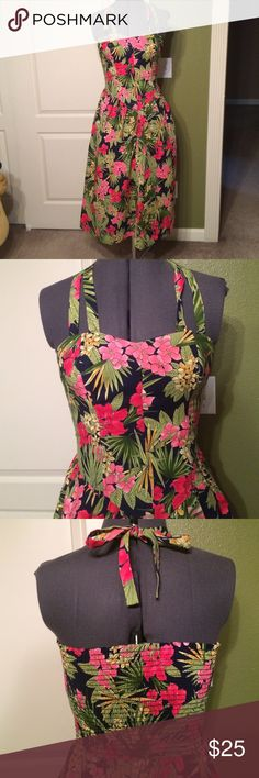 """Vintage floral print halter dress This dress has a stretchy back which can accommodate a variety of sizes. Length from underarm measures 38"""". 100% cotton. Labeled a size 5/6 but would fit a modern medium sizes 6-10. Vintage Dresses"""