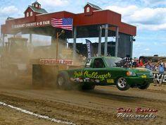 Elkhart County Fair Tractor Pull, Goshen, Indiana