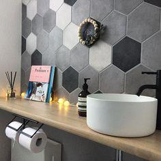 #アッソ #洗面ボウル #サンワカンパニー Decor, Bath, Decor Design, Toilet, Bath Caddy, Home Decor, Room, Sink, Bathroom