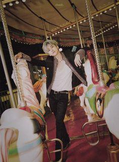 Nem um celta 1997 preto com quatro portas meu amigo # jaemin Nct Dream Jaemin, Na Jaemin, Boyfriend Material, Taeyong, Handsome Boys, Jaehyun, K Idols, Nct 127, Mini Albums