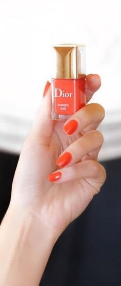 Dior Fabulous Nails, Perfect Nails, Coral Fashion, Dior Beauty, Chic Nails, Beauty Boutique, Shades Of Gold, Cute Nail Art, Beauty Studio