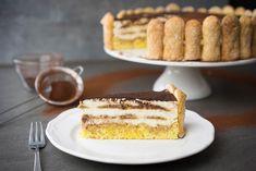 Das klassische Dessert zubereitet als dekorative Torte – mit selbst gebackenen Löffelbiskuits und einer Mascarponecreme ohne rohem Ei!