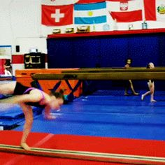(Mailie O'Keefe's side aerial+LOSO+LOSO+tuck full) | Gymnastics GIF| Cool Gymnastics Tricks