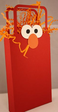 Quick Chick Designs: Elmo Party Favors