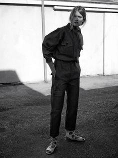 WSJ Magazine February The Denim Trend Model: Constance Jablonski Photographer: Annemarieke van Drimmelen Fashion Editor: Charlotte All Jeans, Jeans Denim, Raw Denim, Denim Shirt, Denim Editorial, Editorial Fashion, Streetwear, Grunge, Lace Up Flats