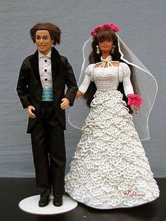 Défilé Stylistes 2012 :Barbie mariée (1) - Fabienne Barbie Wedding Dress, Wedding Doll, Wedding Dresses, Barbie E Ken, Barbie Dolls, Crochet Barbie Clothes, Doll Clothes, Fashion Dolls, Marie