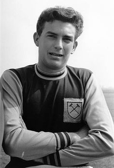 Trevor Brooking made his debut for West Ham in the draw at Burnley in Aug Retro Football, Football Cards, Trevor Brooking, England Players, Burnley, West Ham, Card Games, 1960s, Legends