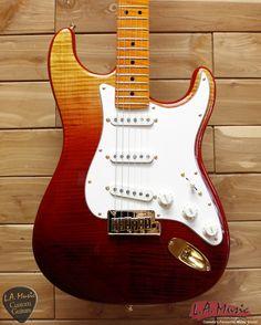 Fender Custom Shop American Custom Stratocaster Gold Hardware Maple Neck Fade Tequila Sunrise 9231006872