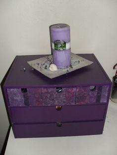 interiør lilla Decorative Boxes, Colour, Purple, Home Decor, Color, Decoration Home, Room Decor, Home Interior Design, Decorative Storage Boxes