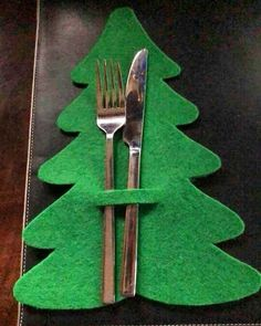 Unlike your work projects, Christmas projects will be so much fun because you will get to explore your imagination. In this creative endeavor # The post 27 Christmas Crafts DIY Easy Fun Projects 23 appeared first on Dekoration. Easy Christmas Decorations, Christmas Crafts For Kids, Felt Christmas, Homemade Christmas, Christmas Projects, All Things Christmas, Simple Christmas, Christmas Home, Holiday Crafts