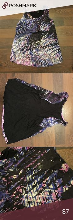 NWOT Patterned Blouse Fun Blouse with cute little pocket in the upper right. Forever 21 Tops Tank Tops