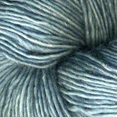 yum. a new yarn from madeline tosh: dandelion (90% merino/10%linen) in well water.