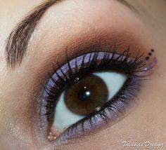 Brown purple eye make up, more photos: http://www.talasia.de/2012/11/17/amu-braun-flieder-kleines-lidschatten-1x1/