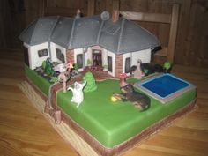 House - Cake by Eliska Building Cake, House Cake, Gingerbread, Cake Decorating, Sugar Rush, Homes, Image, Houses, Ginger Beard