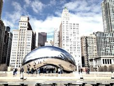 """A Free Experience in Chicago: Cloud Gate and """"The Bean"""""""