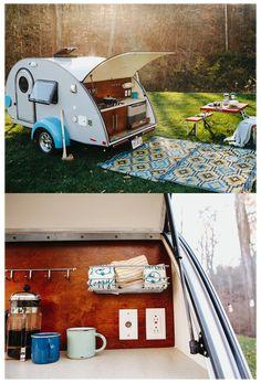 Teardrop Trailer Interior, Teardrop Camper Trailer, Tiny Camper, Camper Life, Camper Trailers, Airstream Interior, Rv Campers, Travel Trailers, Tab Trailer