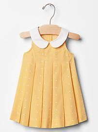 Baby dresses & rompers from Gap are cute and comfortable for your active baby girl. Shop a variety of colors and prints to find the perfect baby girl dress. Baby Girl Frocks, Frocks For Girls, Dresses Kids Girl, Kids Outfits, Toddler Outfits, Baby Frock Pattern, Frock Patterns, Baby Girl Dress Patterns, Pattern Sewing