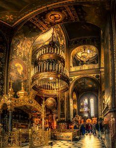 Intérieur de la cathédrale St. Vladimir à Kiev, Ukraine. Une idée du paradis ?..