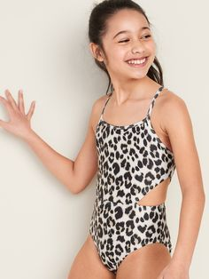 Side Cut-Out Swimsuit for Girls Cute Swimsuits Cutout girls Side swimsuit Little Girl Swimsuits, Girls One Piece Swimsuit, Cut Out Swimsuits, Cute Swimsuits, Swimsuits For Tweens, Preteen Girls Fashion, Girl Fashion, Athletic Hairstyles, Little Girl Models