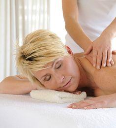 Massage & Beauty in den Chalets der Luxuslodge // Massage & Beauty in the chalets of the Luxuslodge Bergen, Den, Massage, Beauty, Chalets, Luxury, Massage Therapy