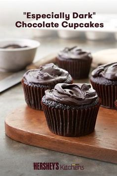 "Chocolate lovers behold the ""Especially Dark"" Chocolate Cupcakes. Both the cupcakes and icing in this easy recipe are made with HERSHEY'S SPECIAL DARK Cocoa to create an irresistible taste. Guests will love this rich dessert Cupcakes Au Cholocat, Cupcake Cakes, Moist Cupcakes, Cupcake Recipes, Dessert Recipes, Quick Dessert, Baking Recipes, Dark Chocolate Frosting, Gourmet"