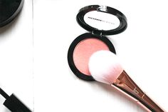 Perfect Make-Up for Spring from Victoria Jackson Cosmetics! #LoveVJC
