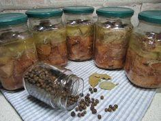 Romanian Food, Smoking Meat, Charcuterie, Mason Jars, Yummy Food, Recipes, Home, Preserves, Fine Dining