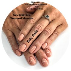 Shellac Nails, Nude Nails, Baby Smiles, Rings For Men, Beauty, Beige Nail, Men Rings, Simple Nails, Beauty Illustration