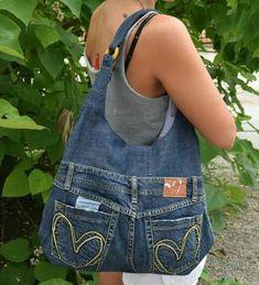 Jeans bag Denim purse Denim handbag Leather handles Womens bag of recycled denim.Chic bag made of old jeans diy – Artofit Jean Crafts, Denim Crafts, Artisanats Denim, Blue Denim, Denim Bags From Jeans, Dark Denim, Jean Diy, Blue Jean Purses, Diy Jeans