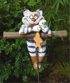 Gartenstecker Beetstecker Katze m. Fisch Keramik Gartendeko Handarbeit frostfest in Garten & Terrasse, Dekoration, Gartenfiguren & -skulpturen   eBay