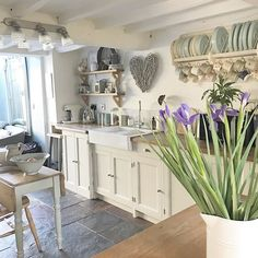 Shrewd upgraded french country home decor pop over to these guys Kitchen Inspirations, Interior, Kitchen Decor, Home Decor, House Interior, Home Kitchens, Cottage Kitchens, Country House Decor, Shabby Chic Kitchen