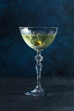 """Flemish proverbs"" (Genever Suze  Peach liquor  Dry Vermouth  Lavanda bitter)"