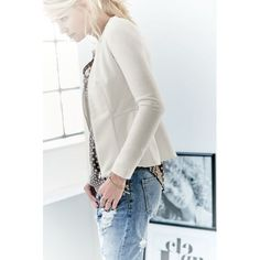 Jeans, Loose Fit, Destroyed-Look Vorderansicht