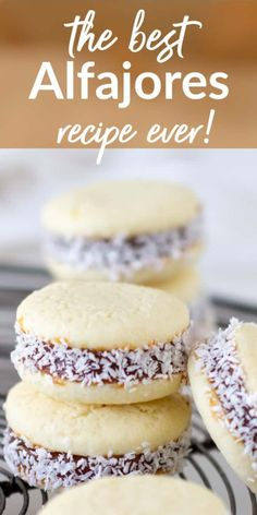 These are the most traditional and incredible Alfajores you'll ever make! Tender cornstarch cookies are sandwiched with gooey dulce de leche and finished with coconut. The result is amazing and delicious! A recipe you'll want to make often. Baking Recipes, Cookie Recipes, Dessert Recipes, Delicious Desserts, Pan Dulce, Macaroons, Alfajores Recipe Argentina, Cornstarch Cookies, Pastries