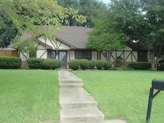 121 Addison Dr., Highland Village, TX 75077, 5 Bedrooms, 3 Baths, 3668 SF, Swimming Pool with Spa