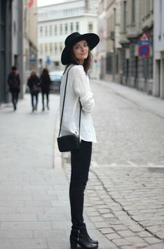 Polienne // black hat, white shirt, skinny black jeans & ankle boots #style #fashion