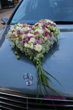 Herz Floral Wedding, Fall Wedding, Wedding Ceremony, Wedding Cars, Wedding Car Decorations, Bouquet, Holding Flowers, Purple Roses, Bridal Flowers
